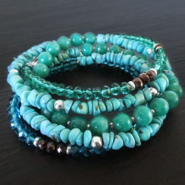 HANG FIVE TURQUOISE AMAZONITE